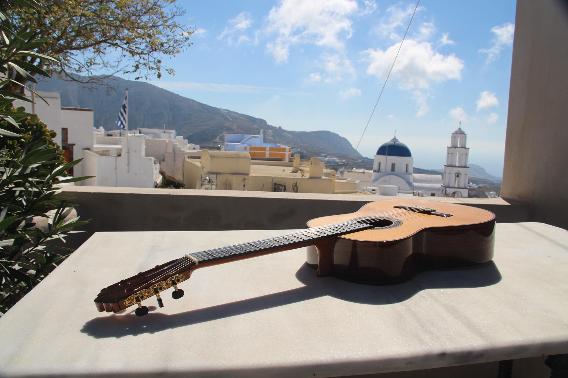 classical-guitar-greece-2