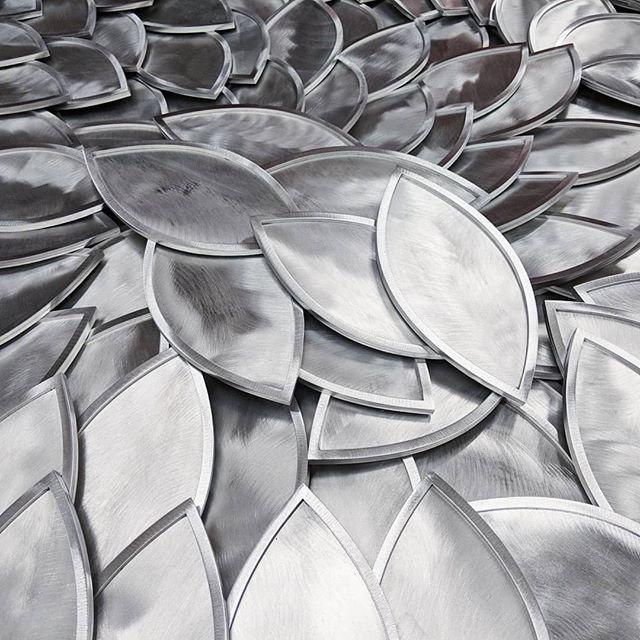 200 metal leaves later... #hosptialart#healthcareart#metalart#metalsculpture#leaves#treeofhope