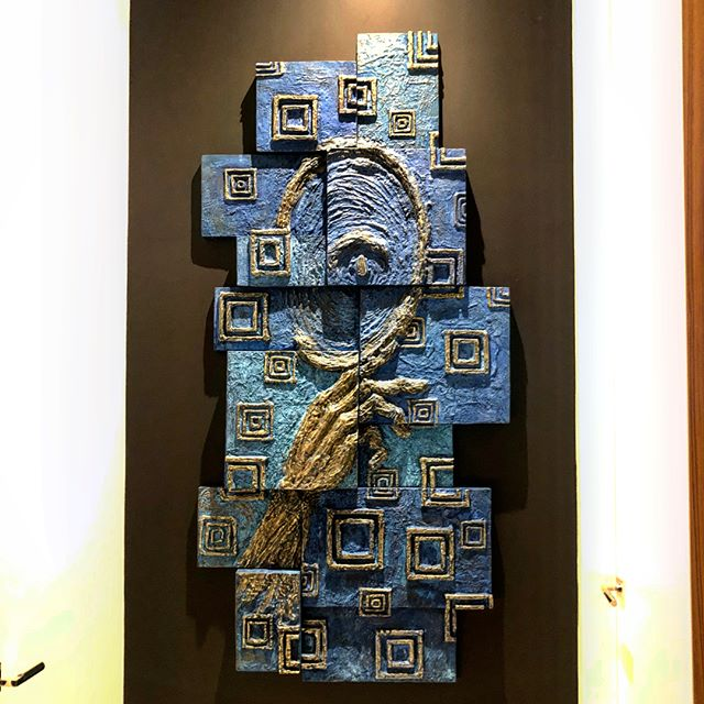 """Just installed this cast bronze wall sculpture""""The Mind's Eye"""" in recently completed amazing home in Miami Beach designed by @browndavis @browndavisarchitecture . Loved creating with the energy and spontaneity of paint while exploring the space between painting and sculpture.  #wallsculpture #bluepatina #bronzesculpture #miamiart #brutalistart #loveblue #wallart"""