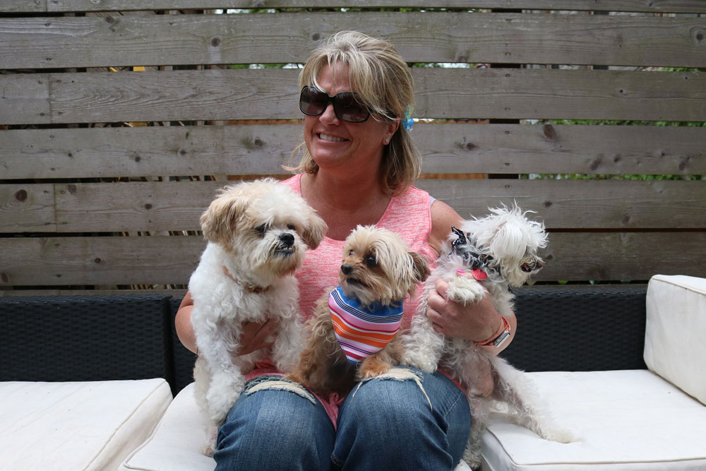 Barry_adopted_fosterdogs.jpg