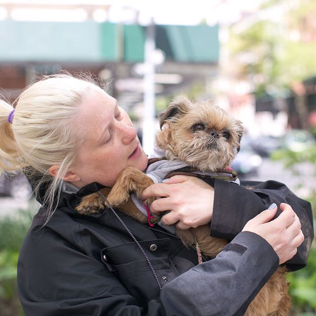 "Our #WCW goes out to three fabulous rescue-supporting local photographers: Milla, Leslie, & Cynthia. Together, they ran ""Photos for Fosters"" last weekend in NYC organized by @realhappydogs. These three women have shot *countless* events and pups for us throughout the years, and provided many dogs with a greater chance of adoption!! GREAT PHOTOS CAN SAVE LIVES! Love them too? Share your thoughts below!! @ledaphotography @putawoofovermyhead @realhappydogs • Photos by Milla Chappell, Real Happy Dogs • #photography #womancrushwednesday #dogs #petphotography #dogs #dogphotos #photoshoot #fosterdogs #newyork #fosterdogsinc #lifesavers #greatphotos"