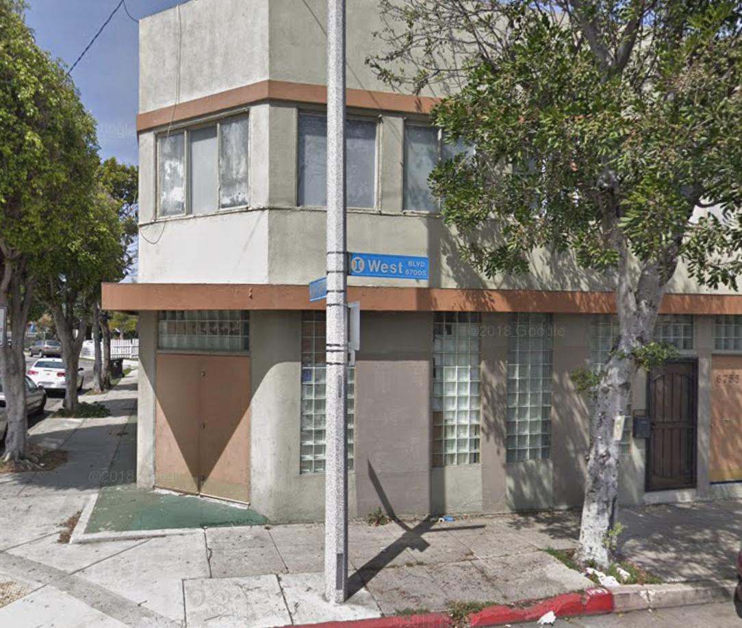 ZEAL'S Libation studio - Our ground floor studio located in the neighborhood of Hyde Park in Inglewood - Los Angeles, CA