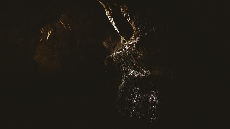 0009-savoie-montagne-grotte-lac du bourget-20190322195517-compress.jpg
