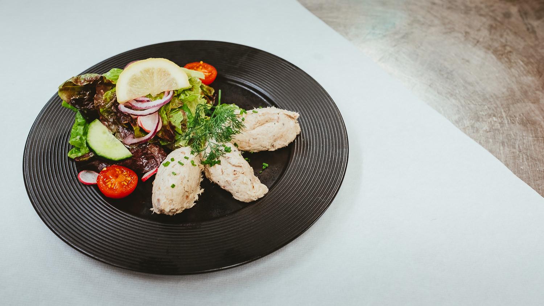 0046-restaurant-la grenouille-honfleur-20190717122924.jpg