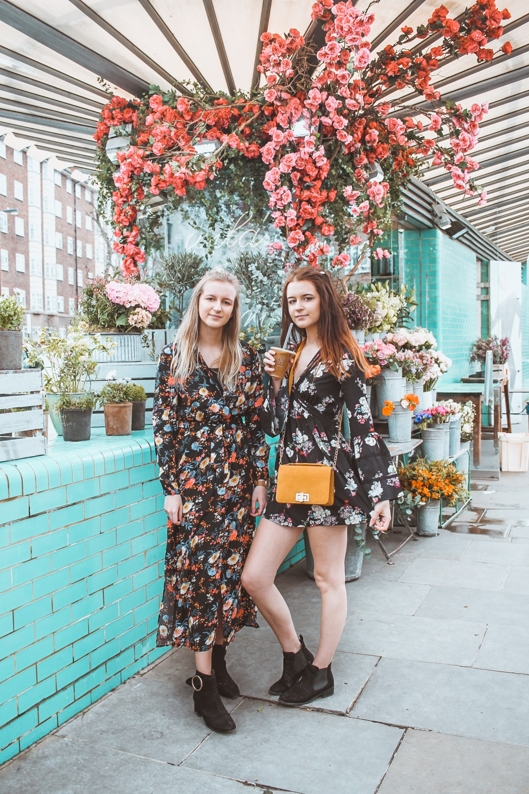 Two Times Style    Fashion, beauty and lifestyle bloggers, Emma and Laura, are the identical twin team sharing their latest travel tips, fashion staples and product reviews with their 30,000 strong Instagram following.   Past project  - Wowcher:  Exploring the sites of London and luxury hotel stays in collaboration with Wowcher.