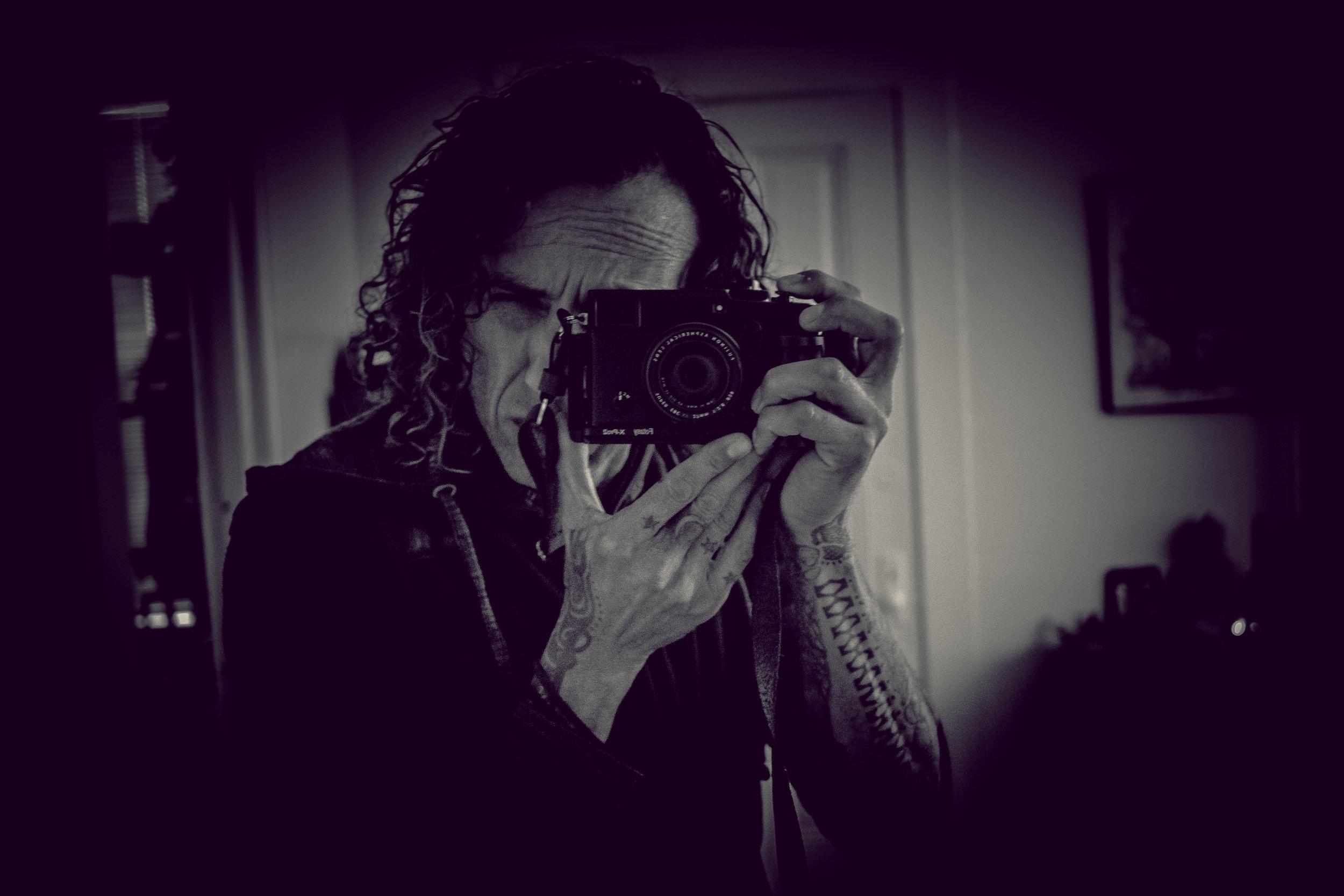 Gustavo Quepónds  ~ Visual Artist / Image Maker / Wandering Eyes...