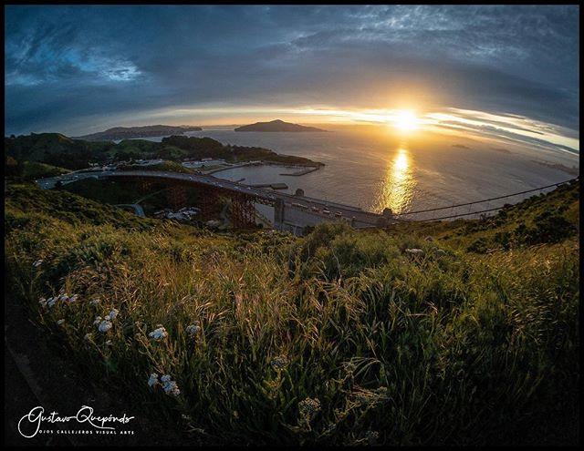 """Good morning City by The Bay""...random landscape wanderings ************************************************ #sanfrancisco #marinheadlands #sunrise #nature #bayarea #instanature #landscapephotography #momentsuperfish #momentlens #fisheyeview #damncoldthismorning #iphoneography #iphonexsmax #shotoniphone #iphoneonly"