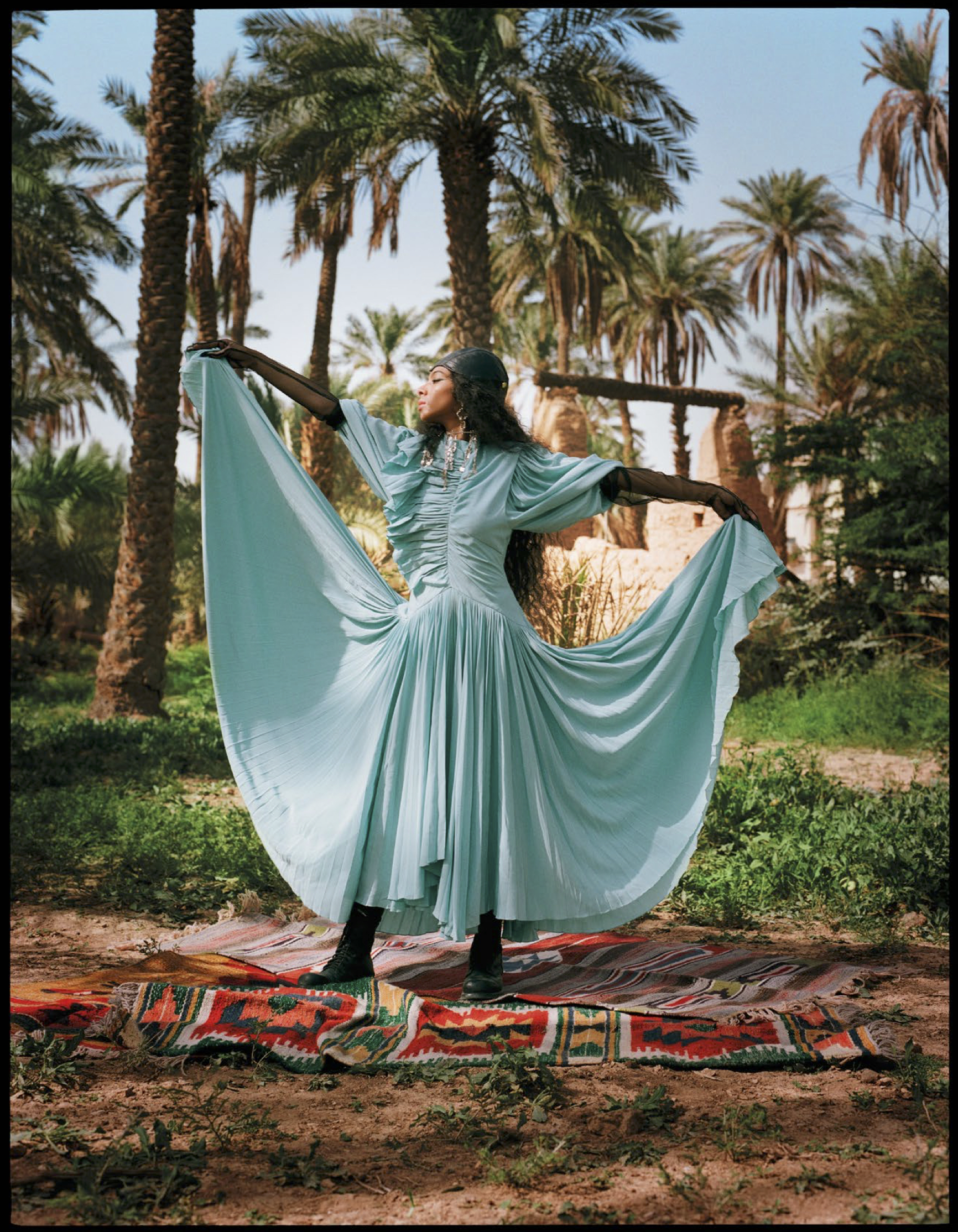 June Vogue Arabia 19 12.jpg