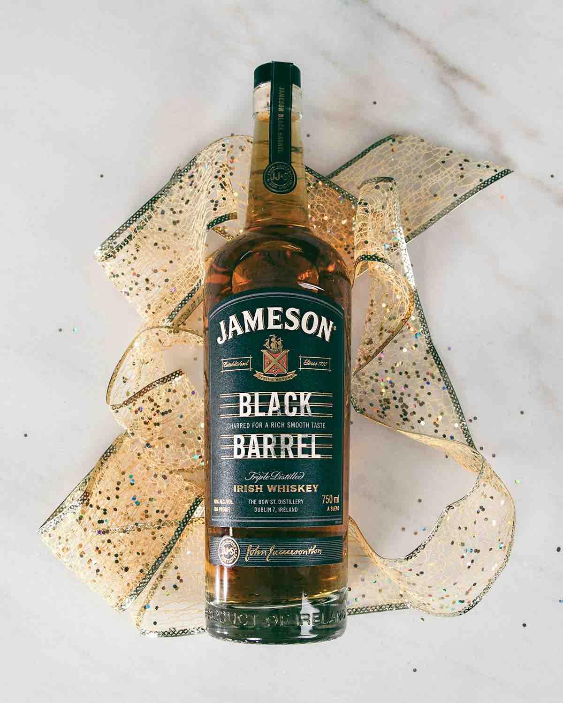 FY19_JAM_JBB_GRAD_NATIONAL_PRODUCT_FACEBOOK_STILL_4x5_BottleRibbon-8915.jpeg