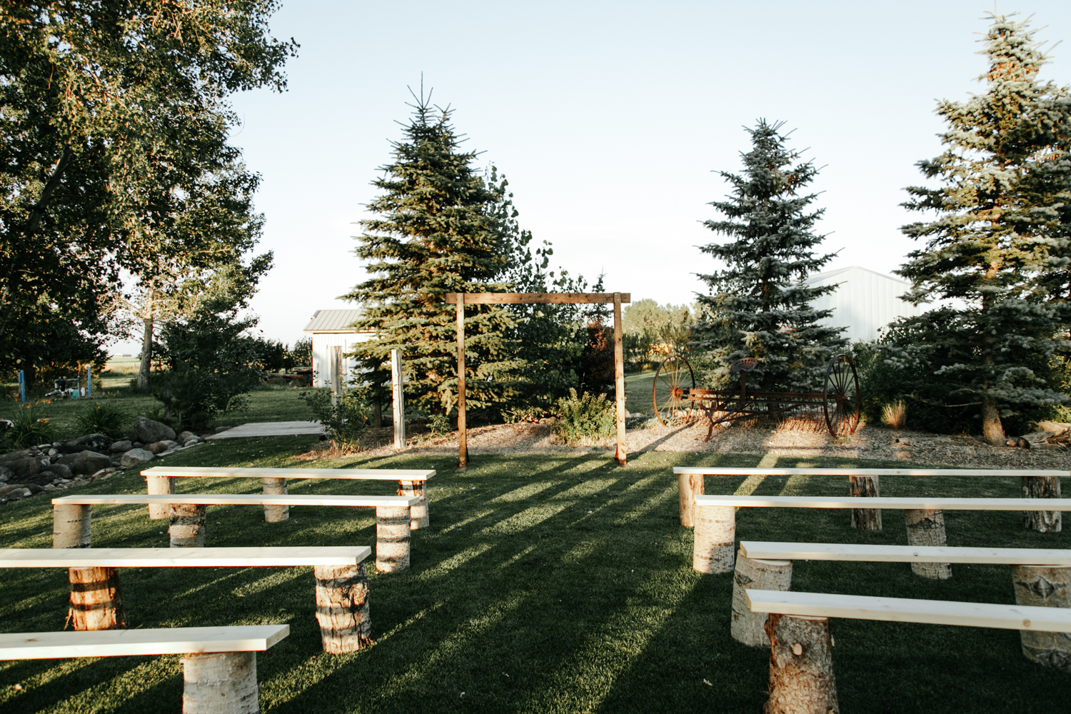 lethbridge-photographer-readymade-community-centre-wedding-coaldale-bailey-joel-picture-image-photo-1.jpg