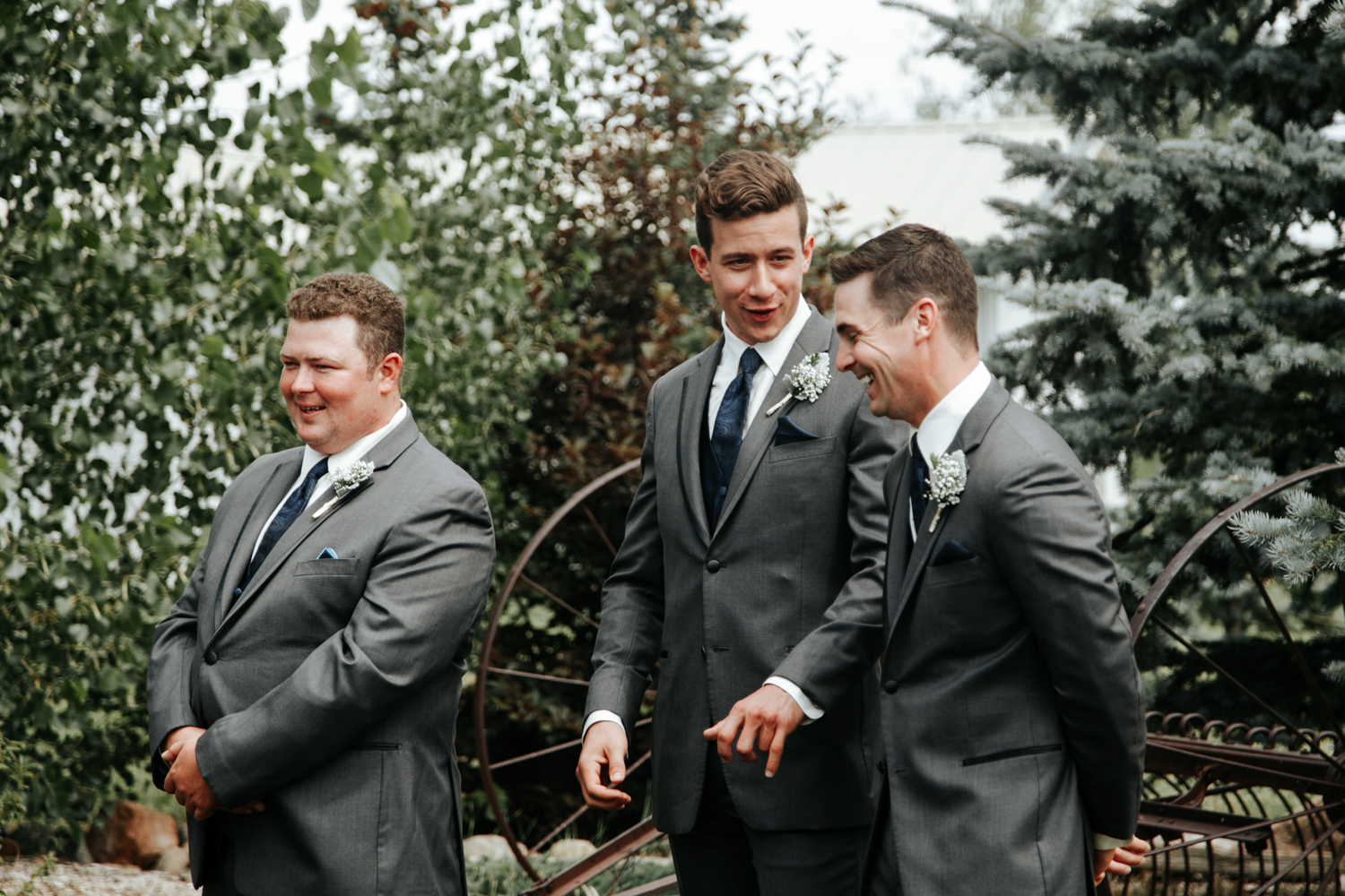 lethbridge-photographer-readymade-community-centre-wedding-coaldale-bailey-joel-picture-image-photo-23.jpg