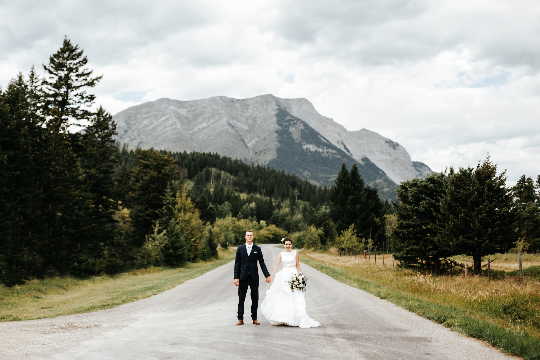 lethbridge-wedding-photographer-love-and-be-loved-photography-kurtis-beth-springbreak-flower-farm-crowsnest-pass-mountain-picture-image-photo-4.jpg