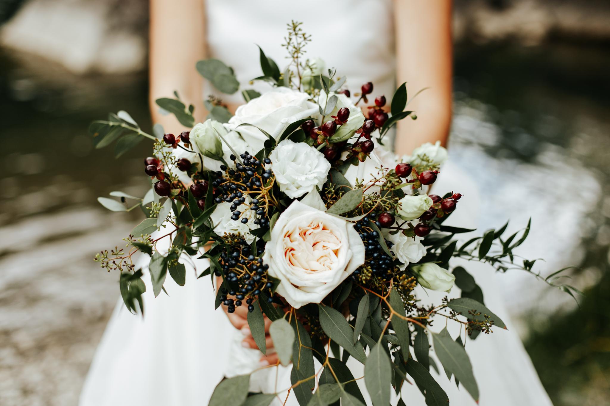 lethbridge-wedding-photographer-love-and-be-loved-photography-kurtis-beth-springbreak-flower-farm-crowsnest-pass-mountain-picture-image-photo-21.jpg