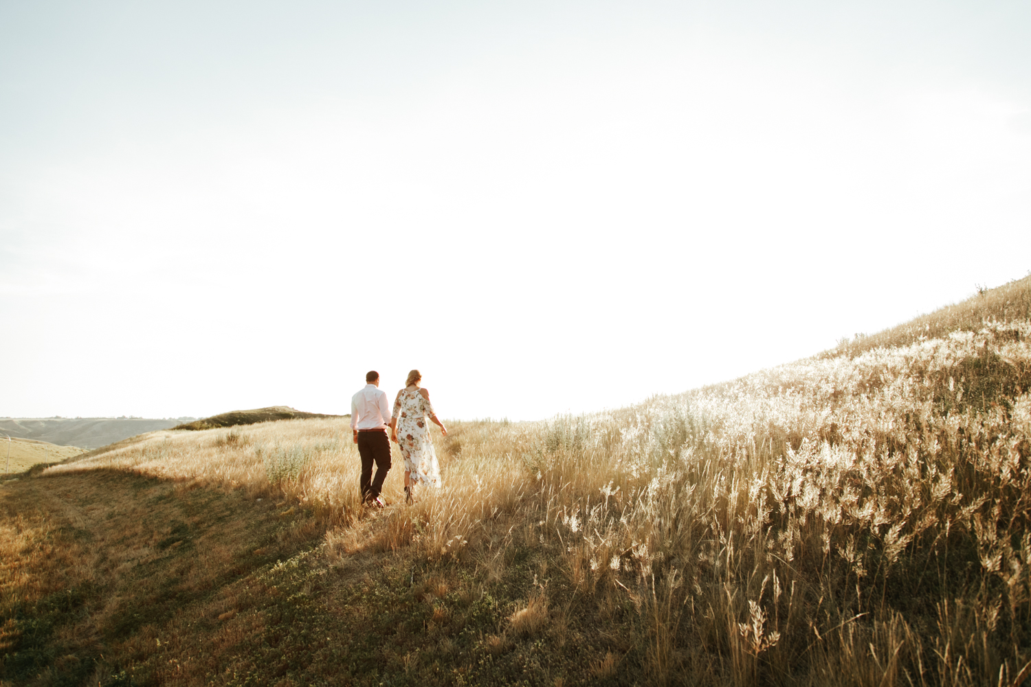lethbridge-wedding-photographer-love-and-be-loved-photography-katie-kelli-engagement-picture-image-photo-1.jpg