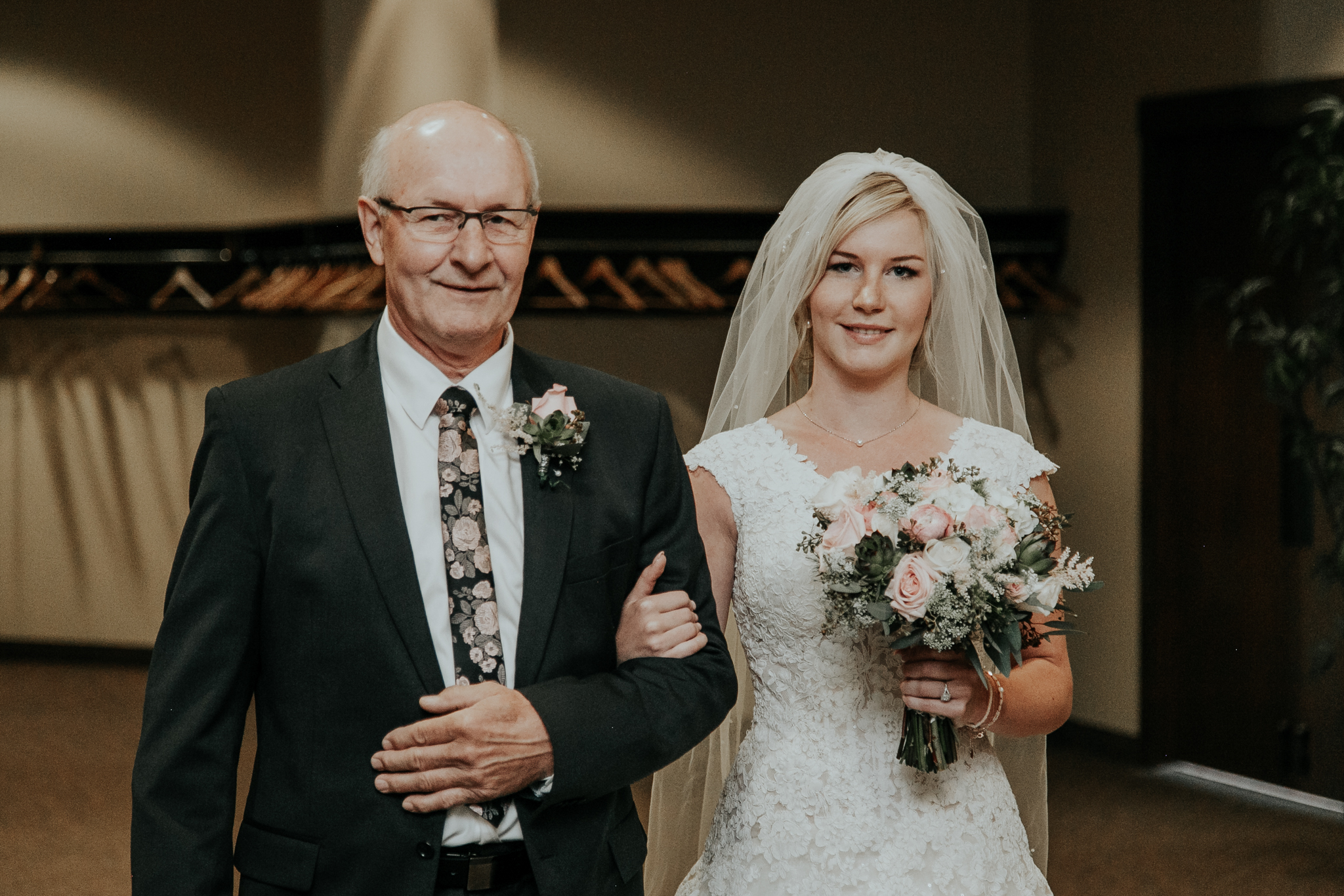 lethbridge-wedding-photographer-love-and-be-loved-photography-steven-marlene-reformed-church-photo-picture-image-17.jpg