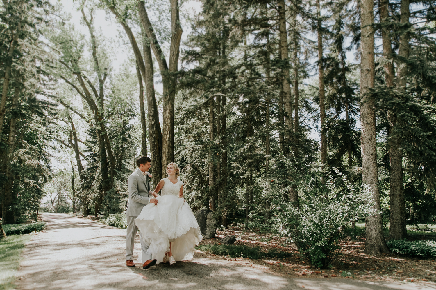 norland-estate-wedding-lethbridge-photography-love-and-be-loved-photographer-picture-image-photo-40.jpg