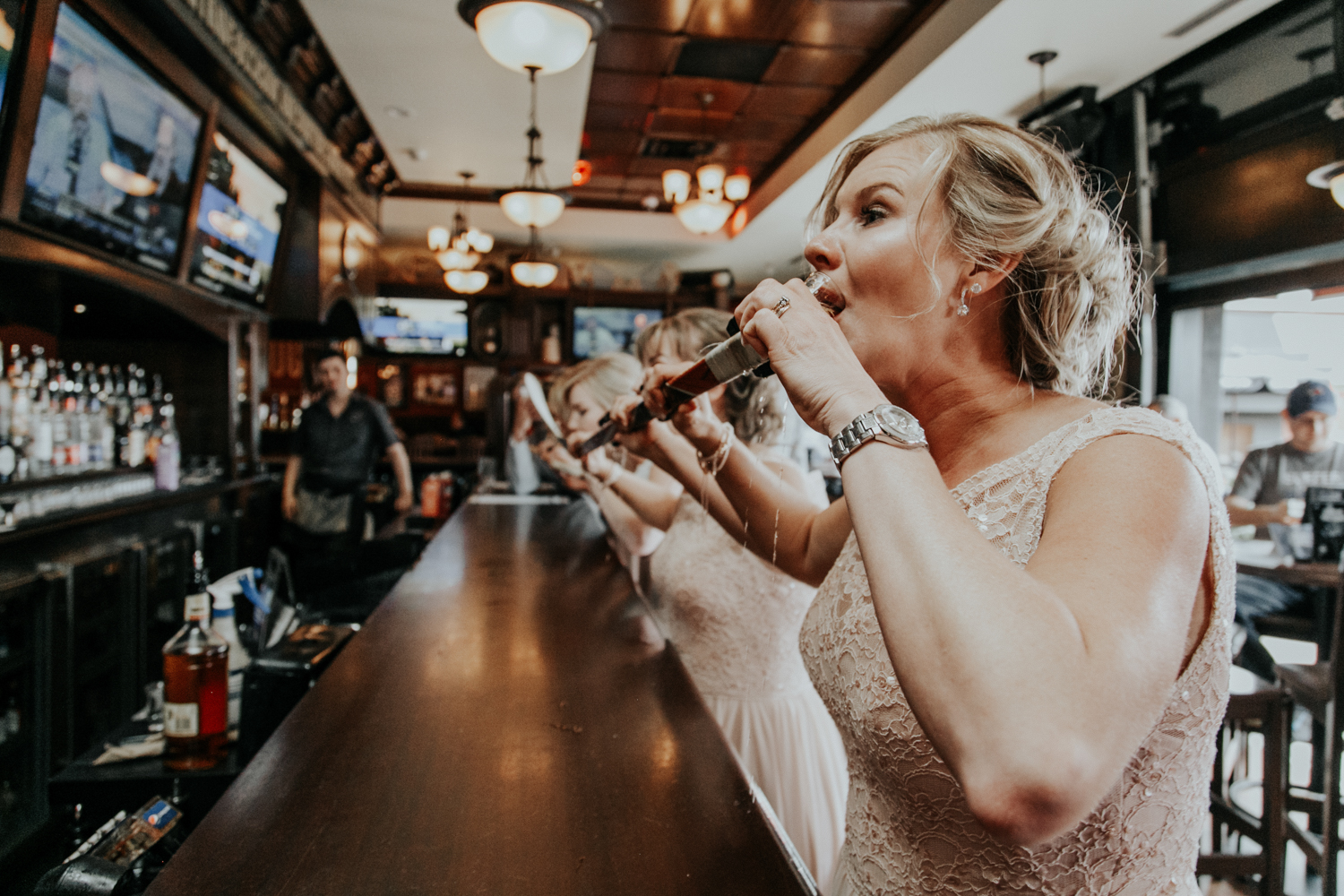 hudsons-tap-house-lethbridge-love-and-be-loved-photography-wedding-image-picture-photo-8.jpg