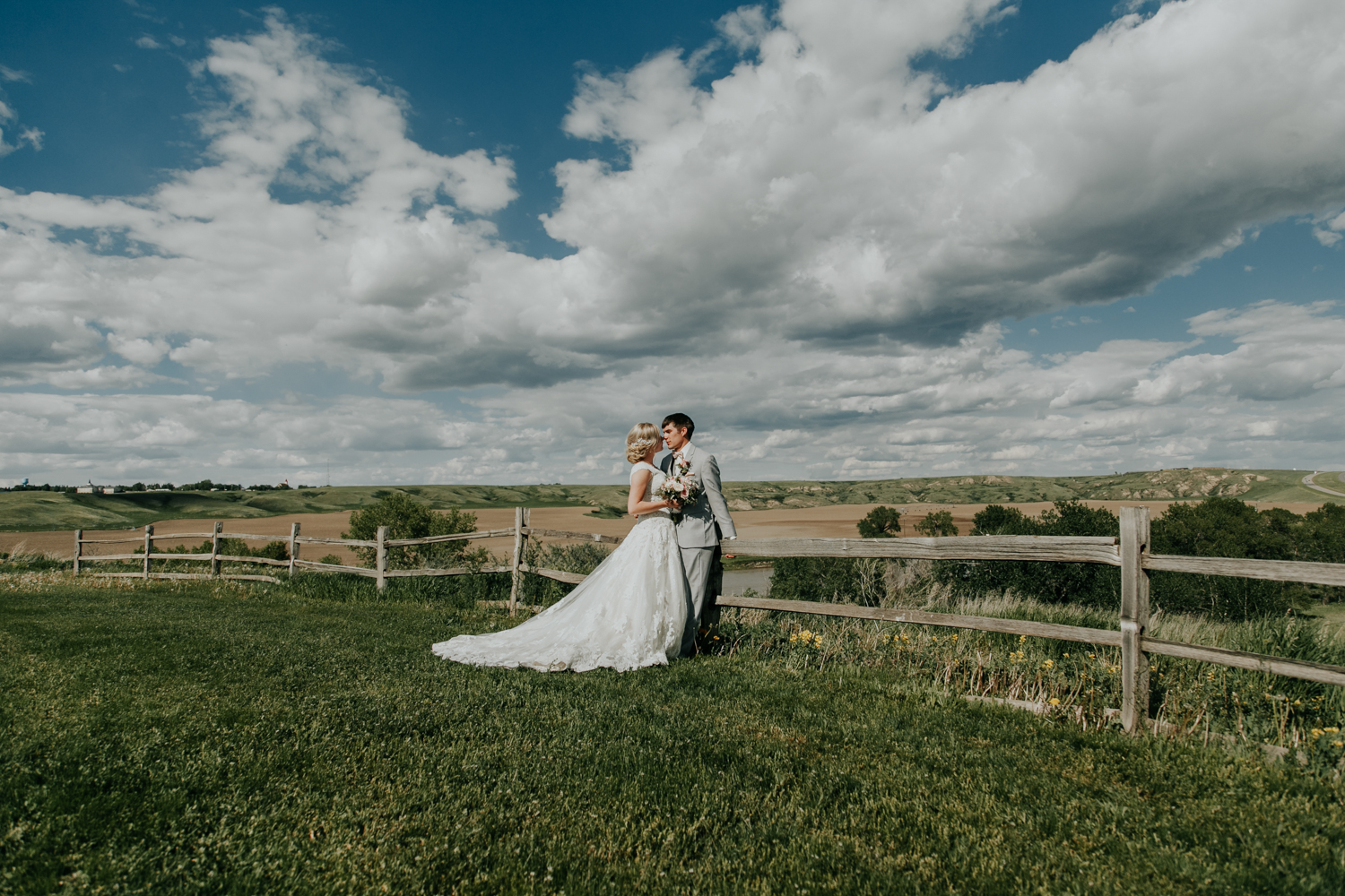 love-and-be-loved-photography-lethbridge-wedding-photographer-image-picture-photo-1.jpg