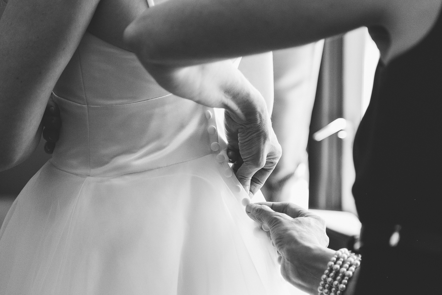 lethbridge-wedding-photographer-love-and-be-loved-photography-dan-tynnea-picture-image-photo-10.jpg