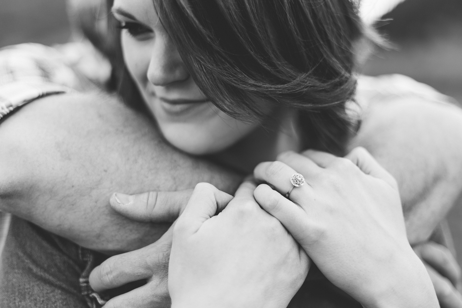 waterton-photographer-love-and-be-loved-photograph-mountain-engagement-luc-megan-picture-iamge-photo-19.jpg