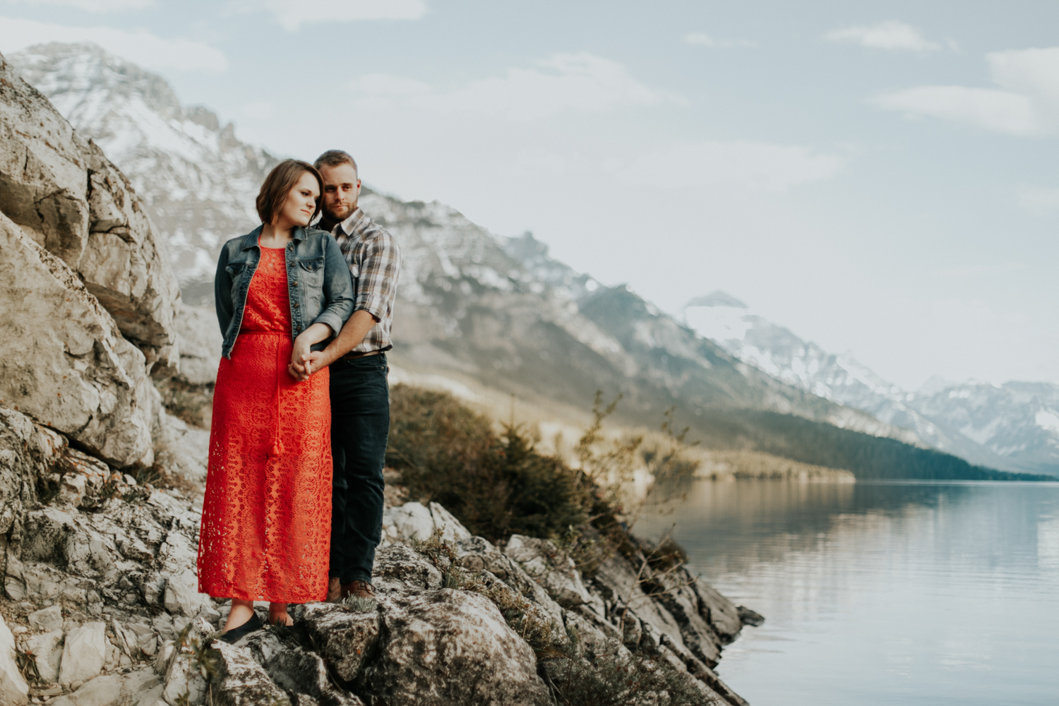 waterton-photographer-love-and-be-loved-photograph-mountain-engagement-luc-megan-picture-iamge-photo-31.jpg