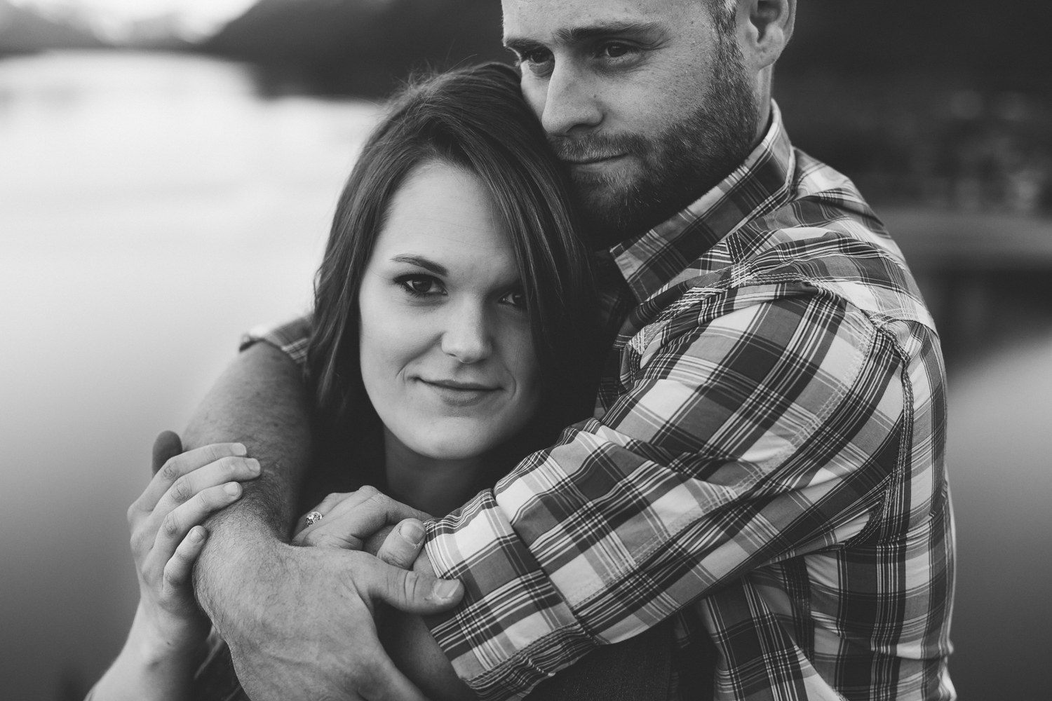 waterton-photographer-love-and-be-loved-photograph-mountain-engagement-luc-megan-picture-iamge-photo-49.jpg