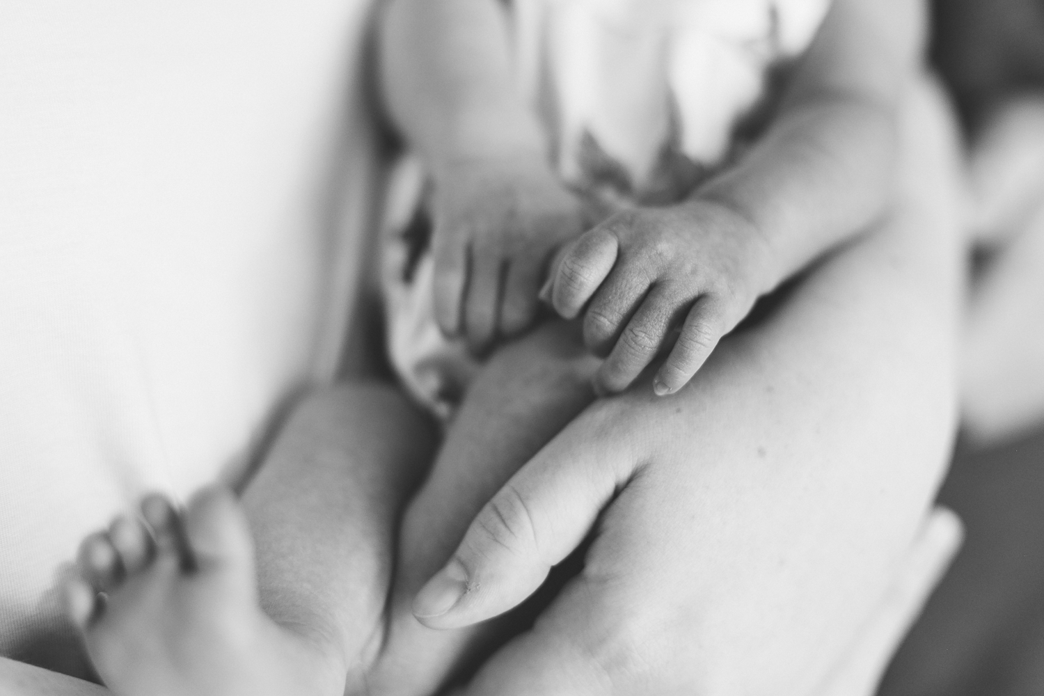 lethbridge-photographer-love-and-be-loved-photography-newborn-birth-ella-photo-image-picture-9.jpg