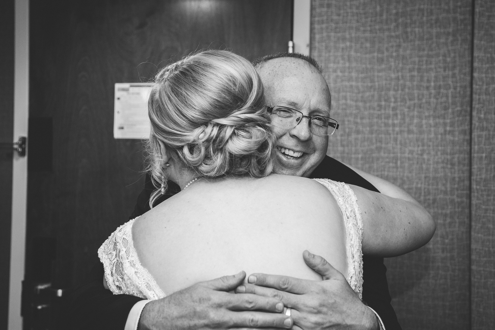 red-deer-wedding-photographer-love-and-be-loved-photography-emily-gab-photo-image-picture-22.jpg