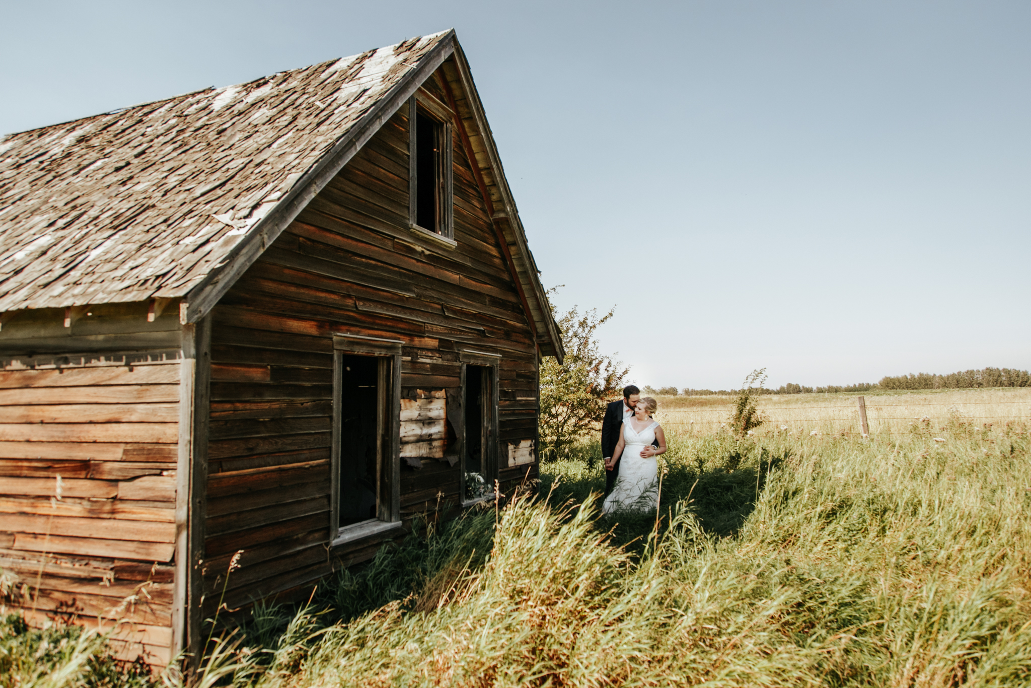 red-deer-wedding-photographer-love-and-be-loved-photography-emily-gab-photo-image-picture-140.jpg