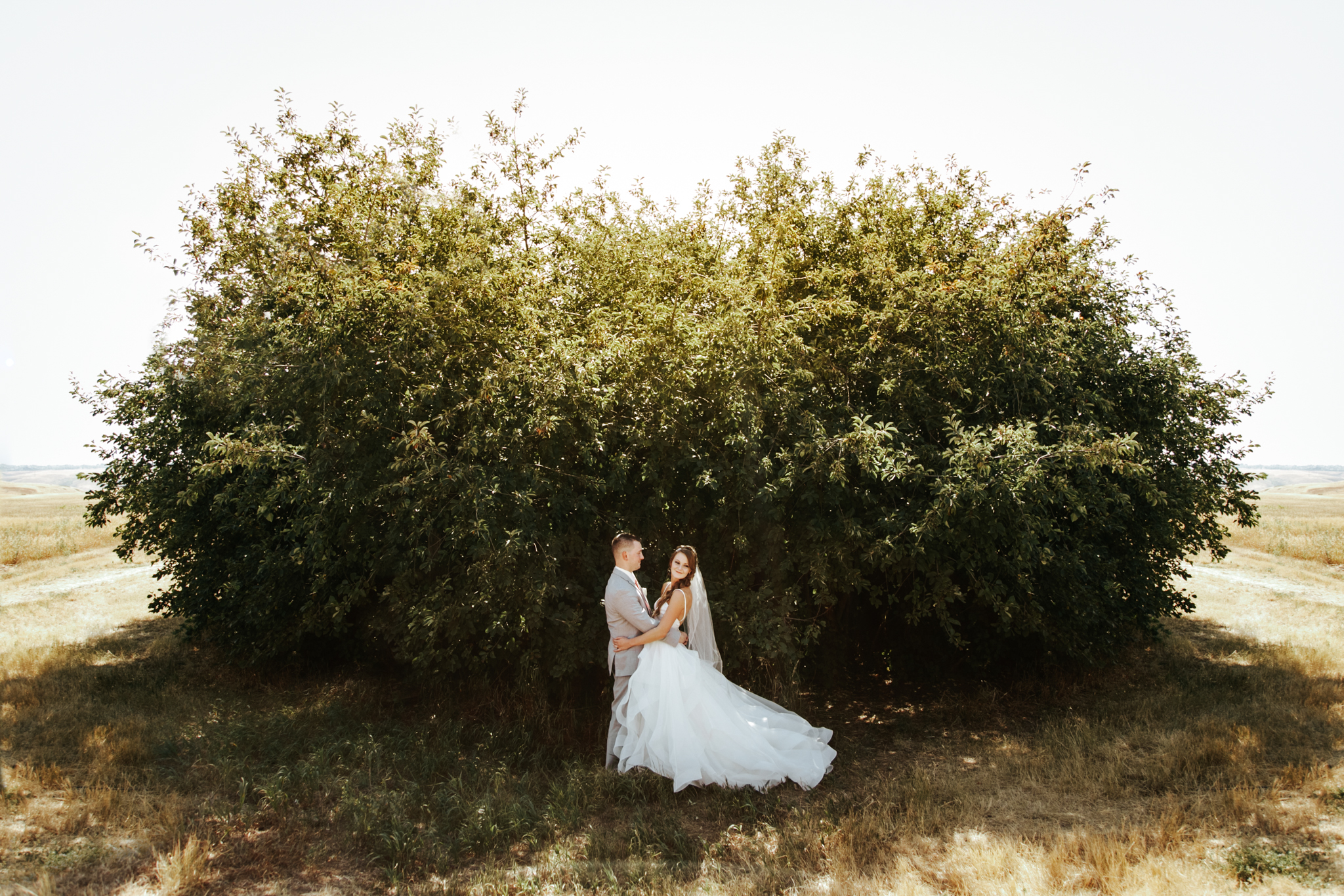 lethbridge-wedding-photography-love-and-be-loved-photographer-sean-sharla-henderson-lake-wedding-image-picture-photo-70.jpg