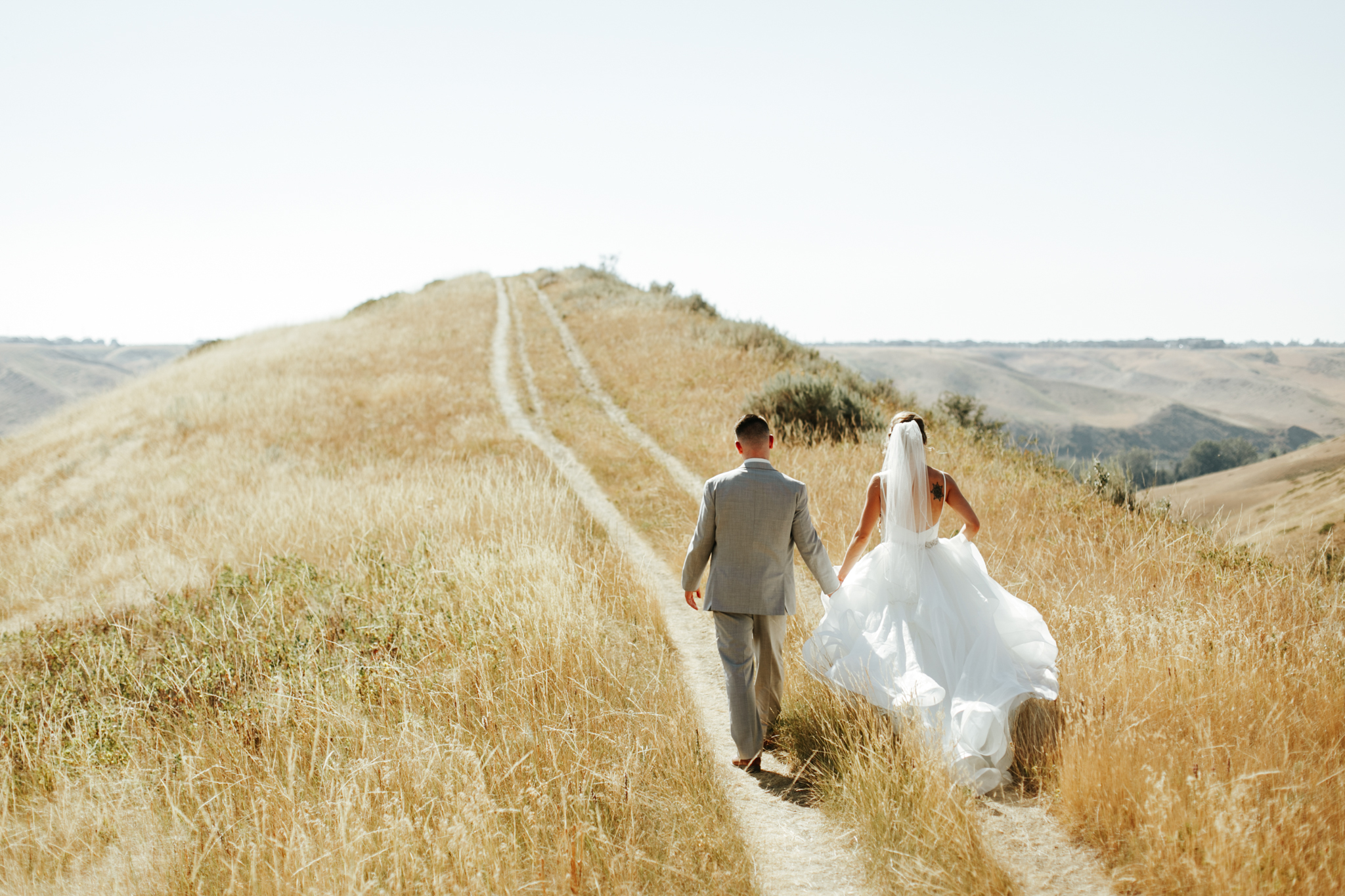 lethbridge-wedding-photography-love-and-be-loved-photographer-sean-sharla-henderson-lake-wedding-image-picture-photo-103.jpg