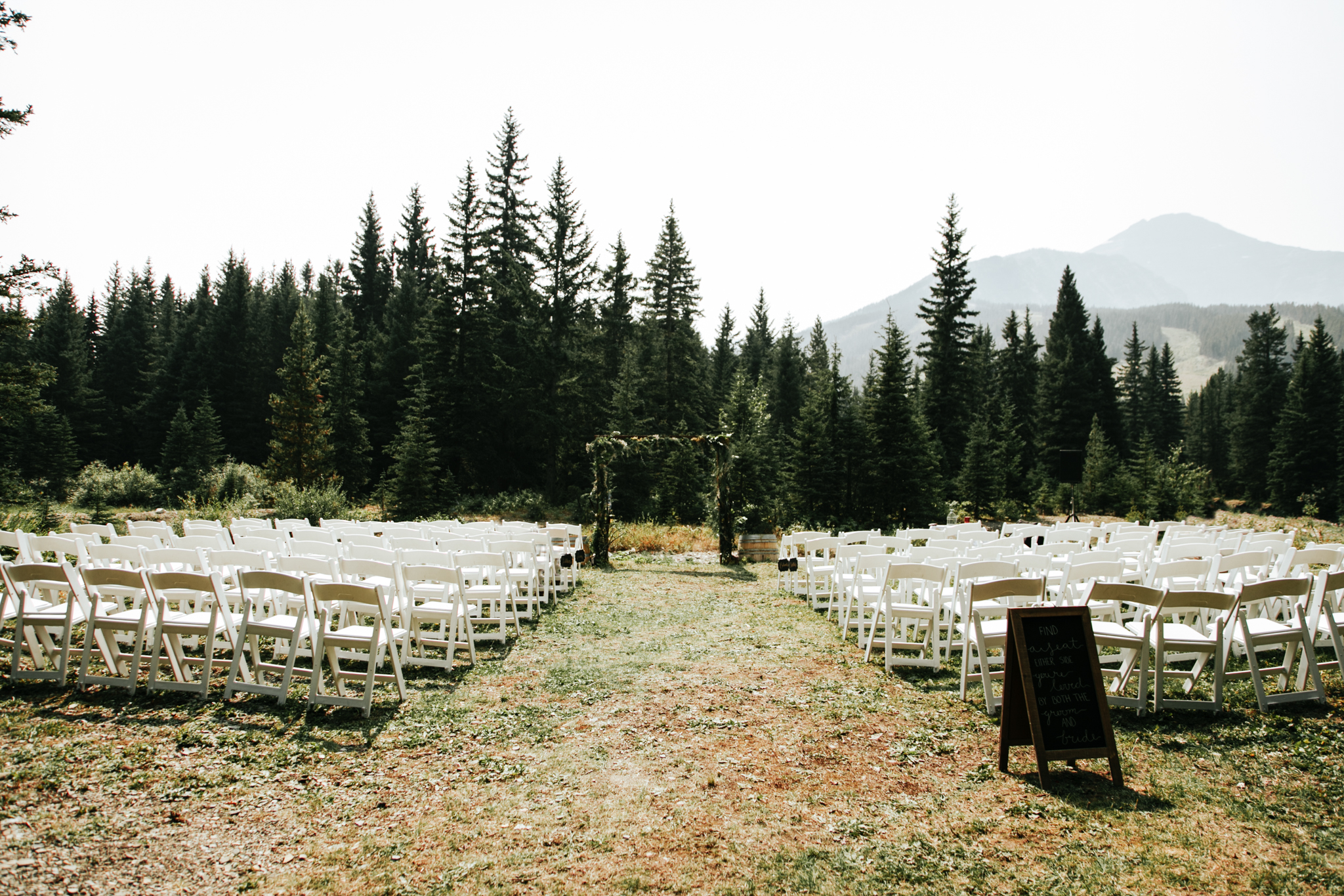 castle-mountain-wedding-photographer-love-and-be-loved-photography-lethbridge-pincher-creek-crowsnest-pass-yannick-rylee-photo-image-picture-54.jpg