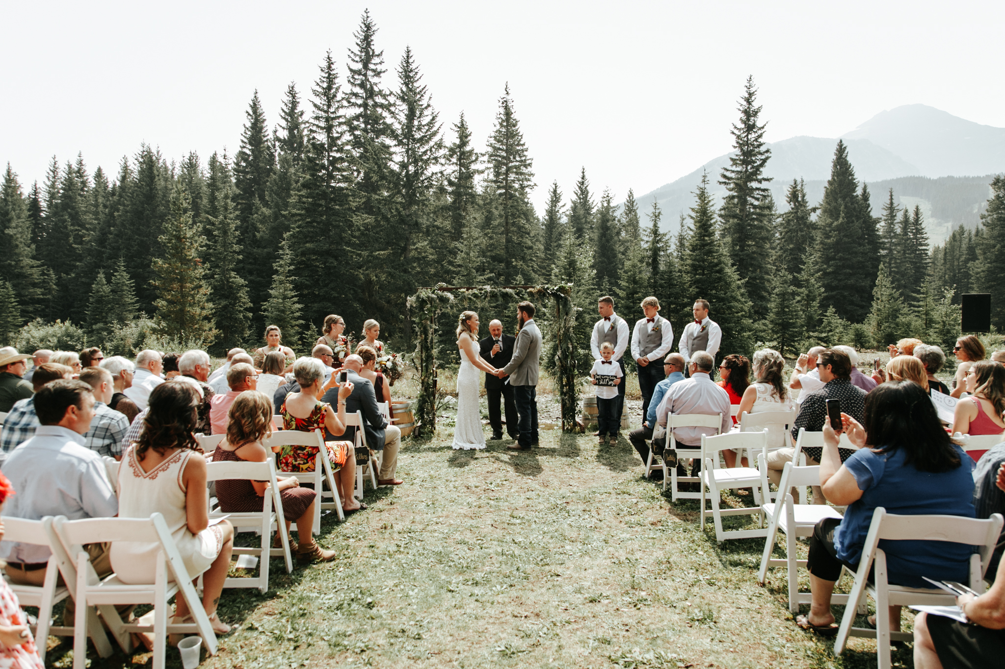 castle-mountain-wedding-photographer-love-and-be-loved-photography-lethbridge-pincher-creek-crowsnest-pass-yannick-rylee-photo-image-picture-67.jpg