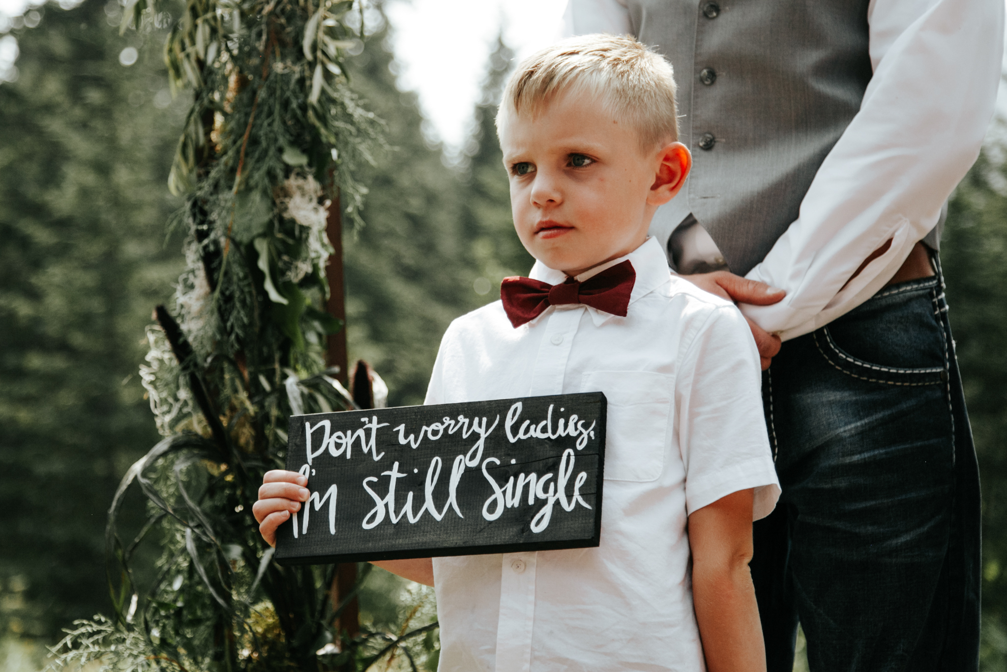 castle-mountain-wedding-photographer-love-and-be-loved-photography-lethbridge-pincher-creek-crowsnest-pass-yannick-rylee-photo-image-picture-71.jpg