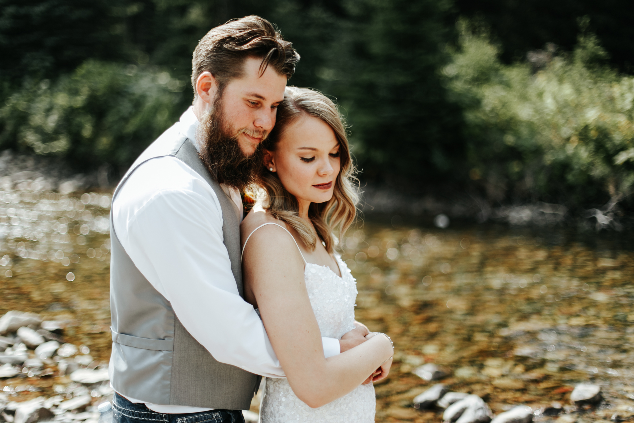castle-mountain-wedding-photographer-love-and-be-loved-photography-lethbridge-pincher-creek-crowsnest-pass-yannick-rylee-photo-image-picture-122.jpg