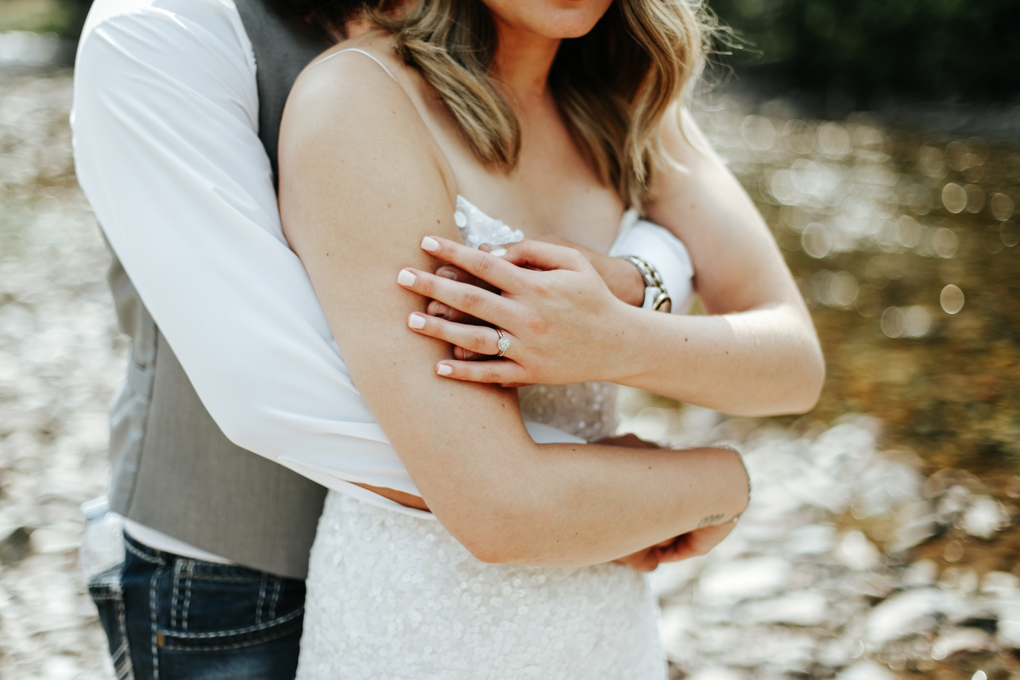 castle-mountain-wedding-photographer-love-and-be-loved-photography-lethbridge-pincher-creek-crowsnest-pass-yannick-rylee-photo-image-picture-123.jpg