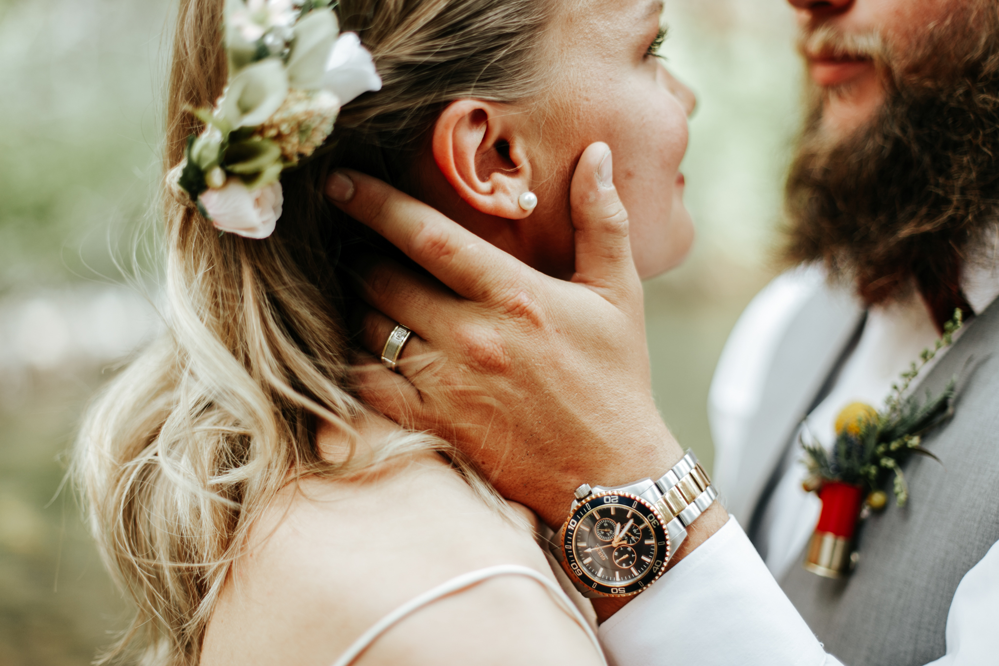 castle-mountain-wedding-photographer-love-and-be-loved-photography-lethbridge-pincher-creek-crowsnest-pass-yannick-rylee-photo-image-picture-130.jpg