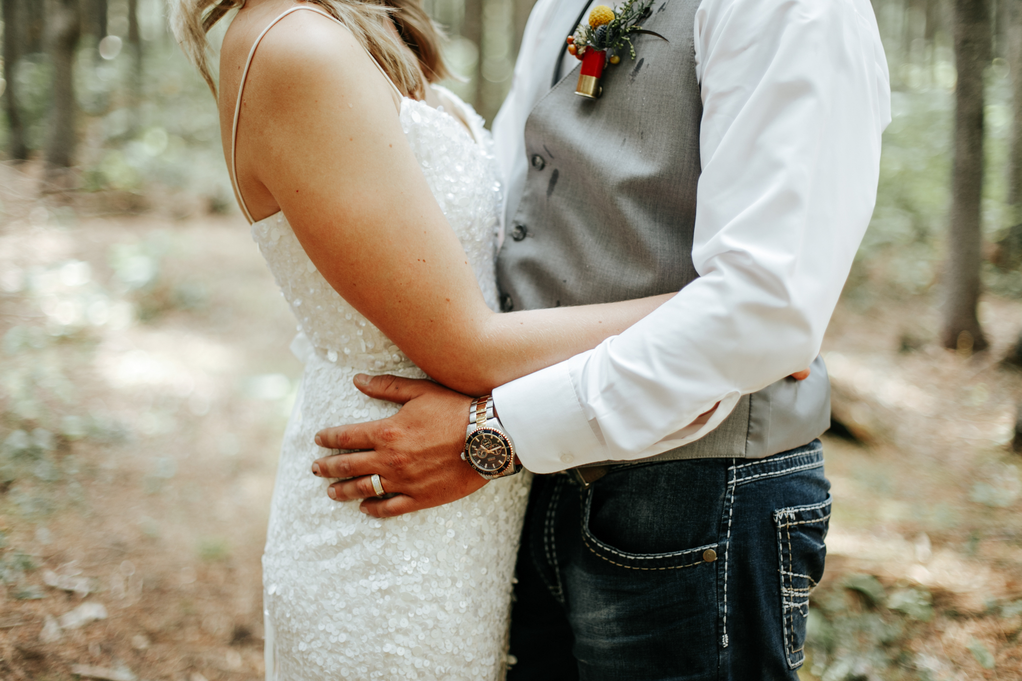castle-mountain-wedding-photographer-love-and-be-loved-photography-lethbridge-pincher-creek-crowsnest-pass-yannick-rylee-photo-image-picture-150.jpg