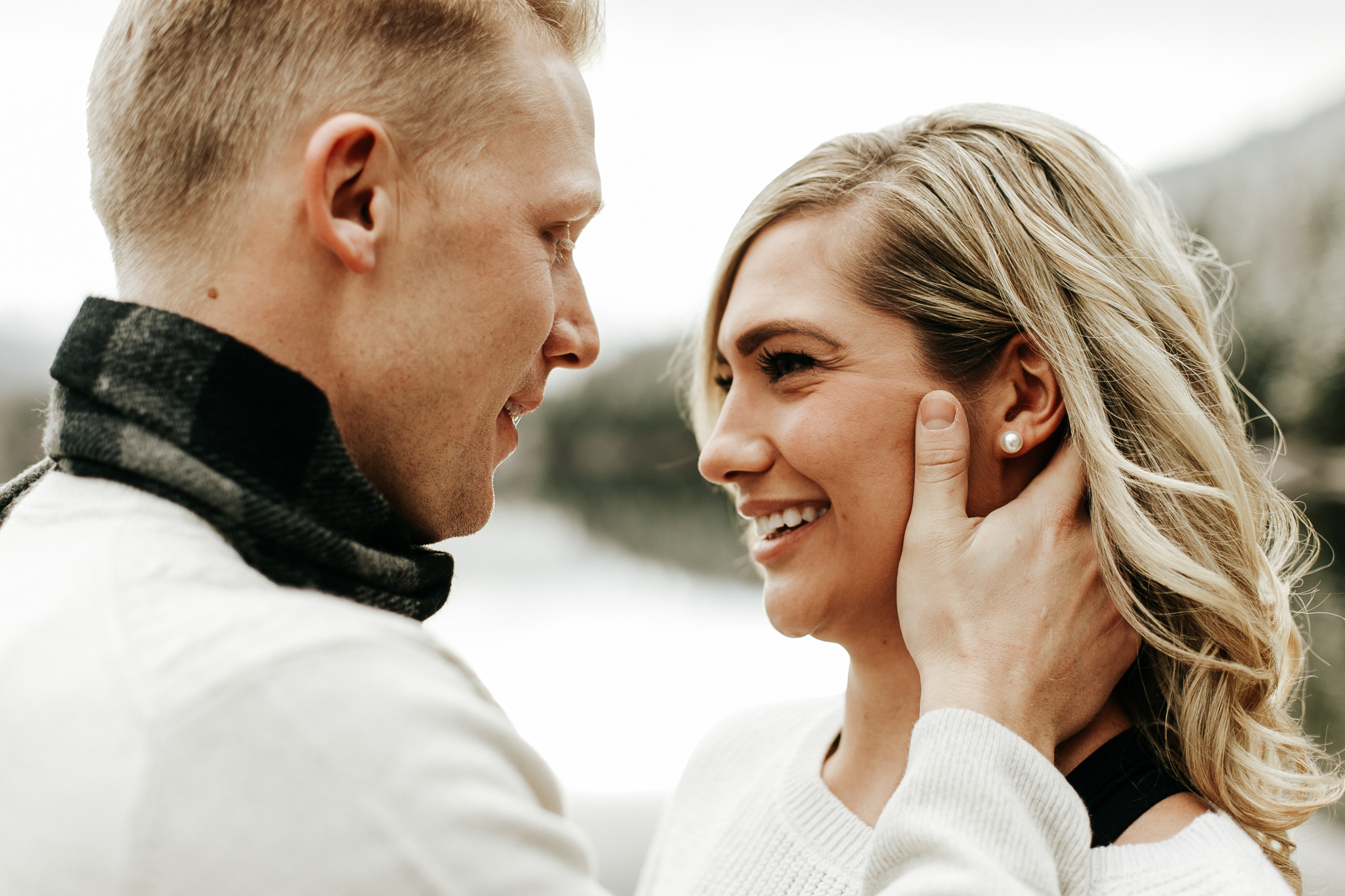 love-and-be-loved-photography-mountain-engagement-ashlyn-rob-perfect-fit-4-u-photo-image-picture-16.jpg