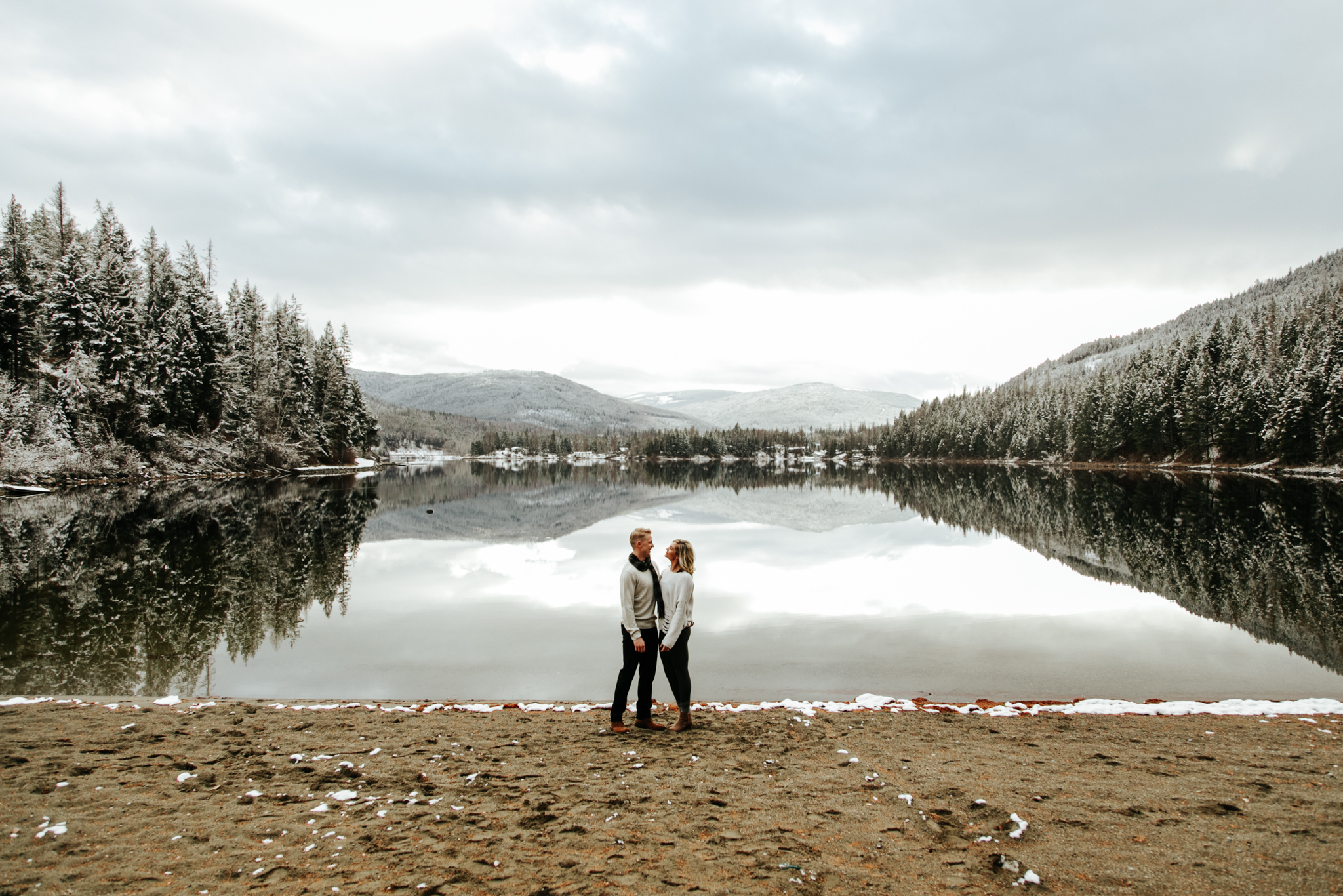 love-and-be-loved-photography-mountain-engagement-ashlyn-rob-perfect-fit-4-u-photo-image-picture-19.jpg
