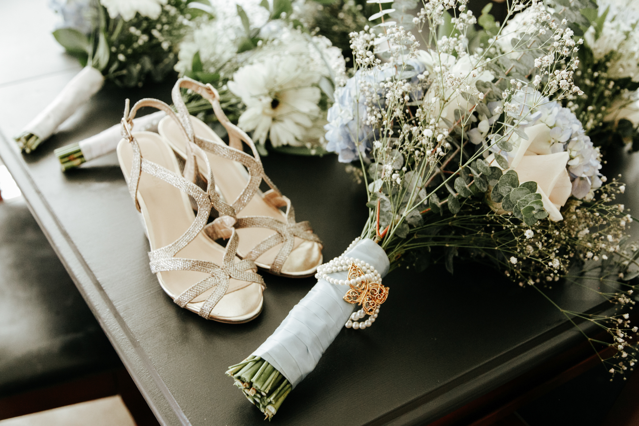 lethbridge-wedding-photographer-love-and-be-loved-photography-trent-danielle-galt-reception-picture-image-photo-1.jpg