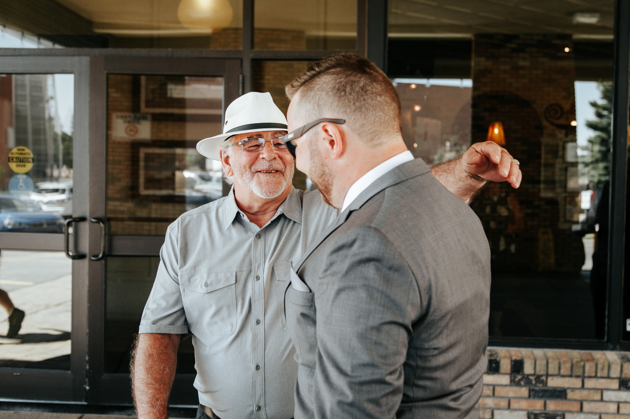 lethbridge-wedding-photographer-love-and-be-loved-photography-trent-danielle-galt-reception-picture-image-photo-21.jpg
