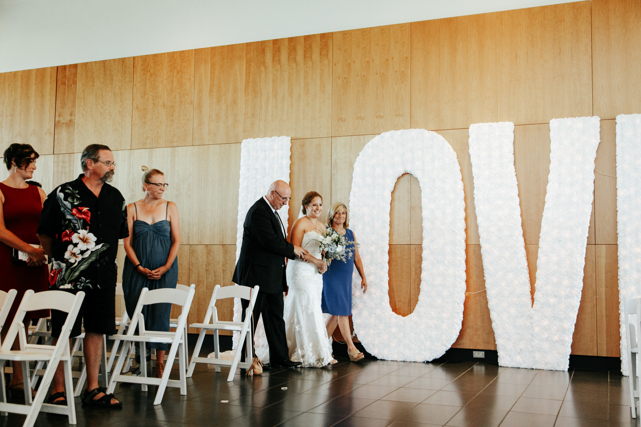 lethbridge-wedding-photographer-love-and-be-loved-photography-trent-danielle-galt-reception-picture-image-photo-44.jpg