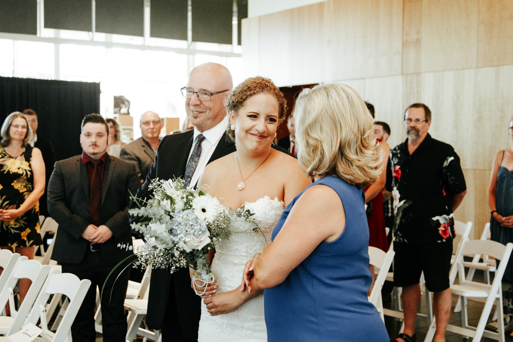lethbridge-wedding-photographer-love-and-be-loved-photography-trent-danielle-galt-reception-picture-image-photo-45.jpg