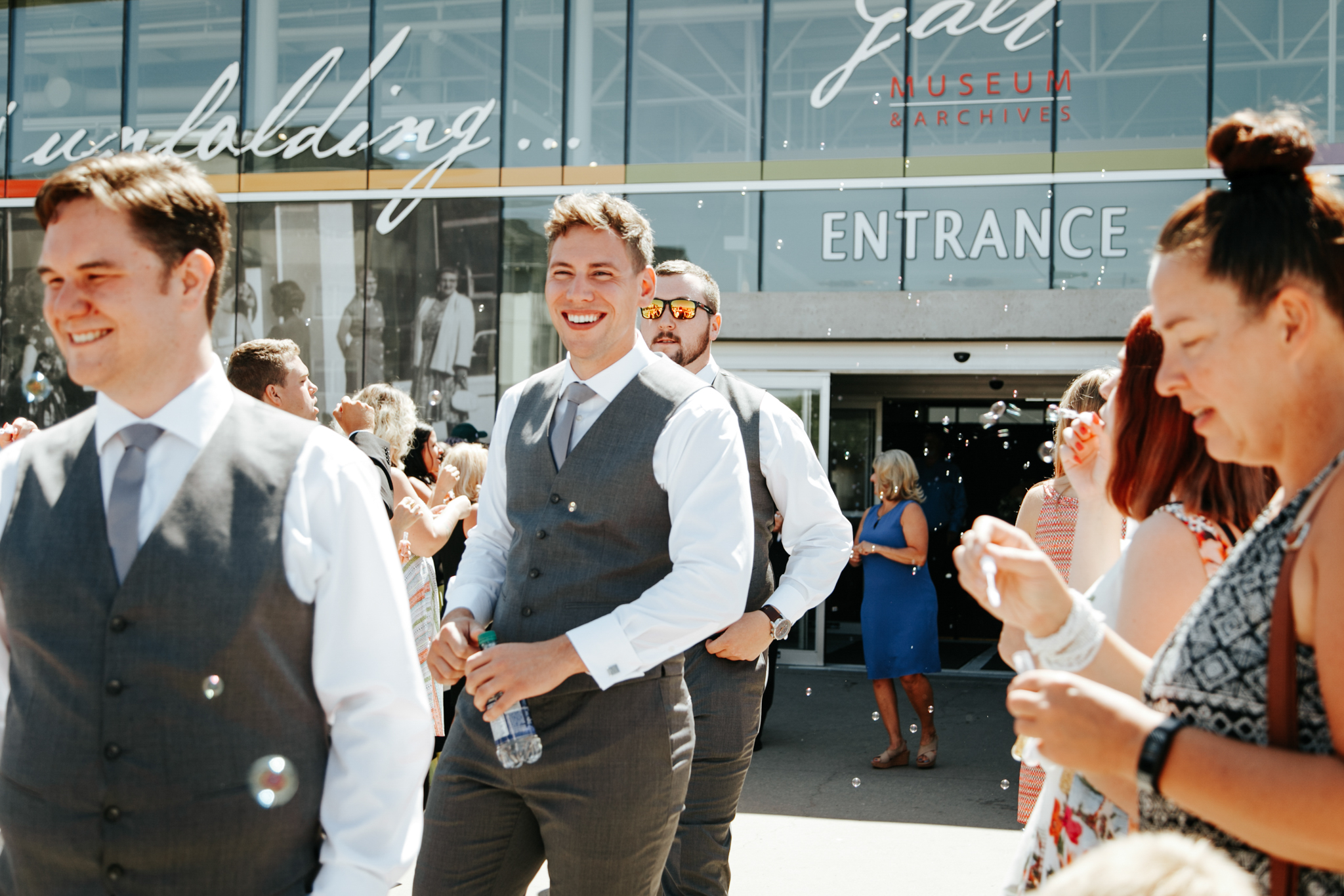 lethbridge-wedding-photographer-love-and-be-loved-photography-trent-danielle-galt-reception-picture-image-photo-68.jpg