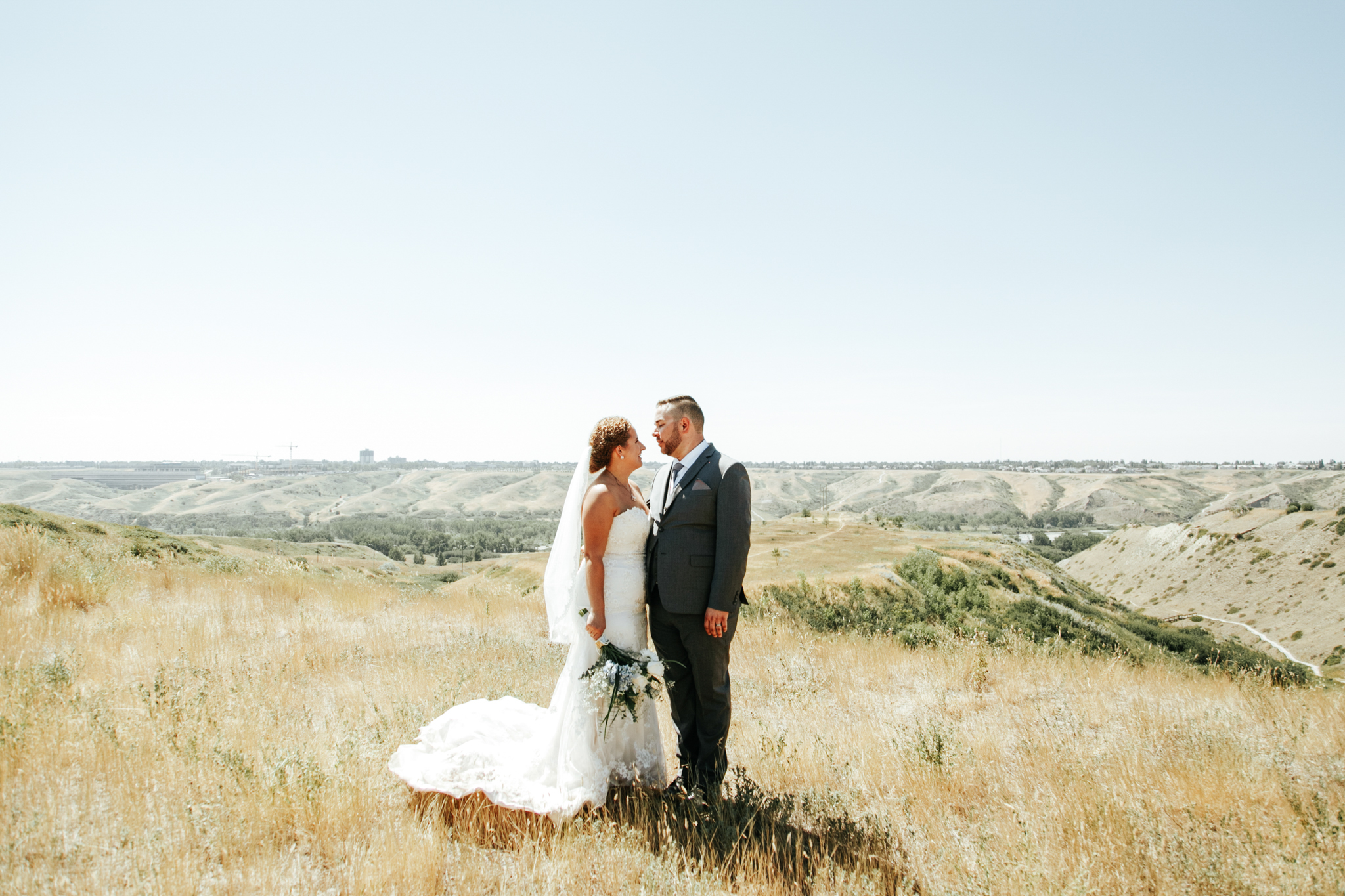 lethbridge-wedding-photographer-love-and-be-loved-photography-trent-danielle-galt-reception-picture-image-photo-91.jpg