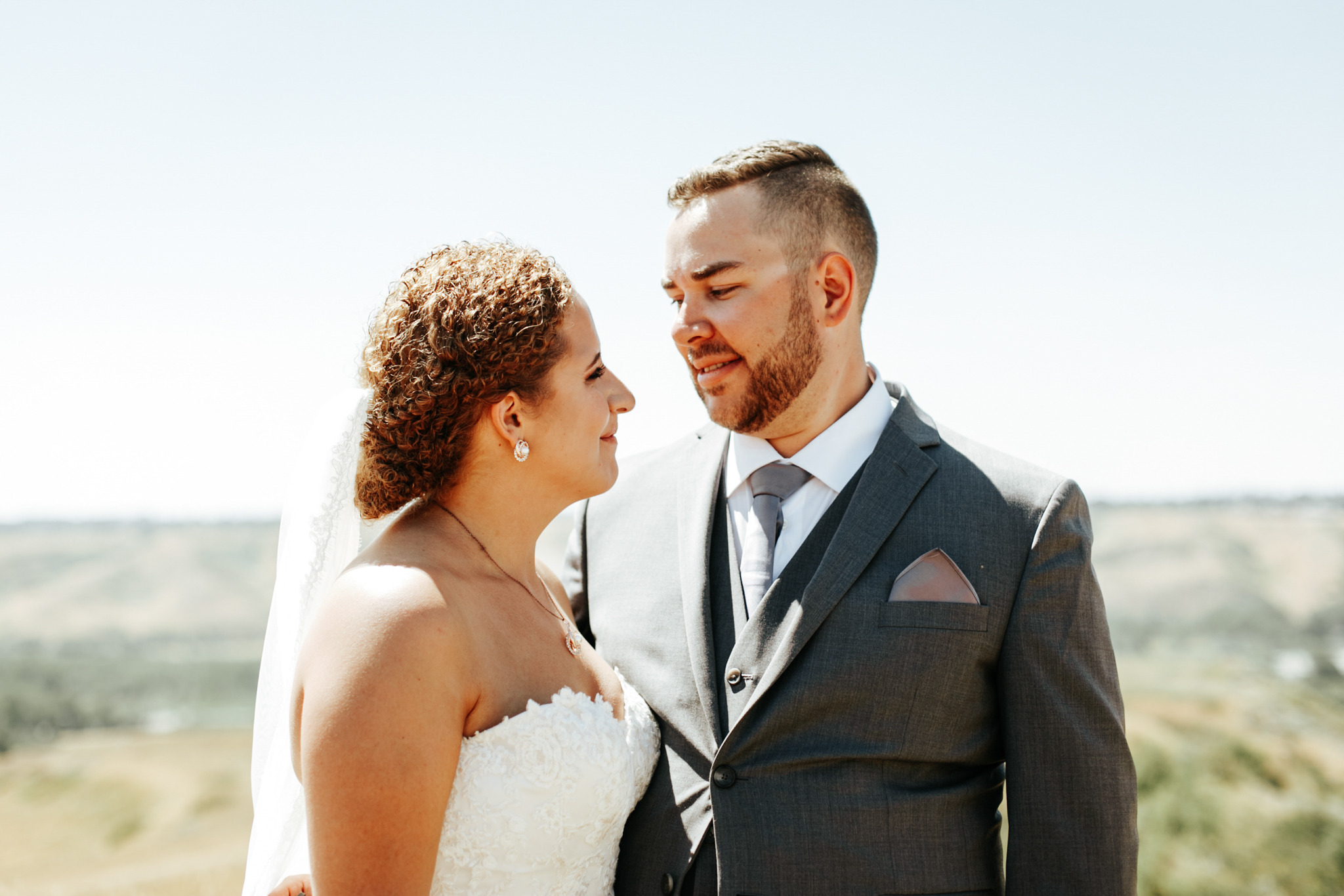 lethbridge-wedding-photographer-love-and-be-loved-photography-trent-danielle-galt-reception-picture-image-photo-97.jpg
