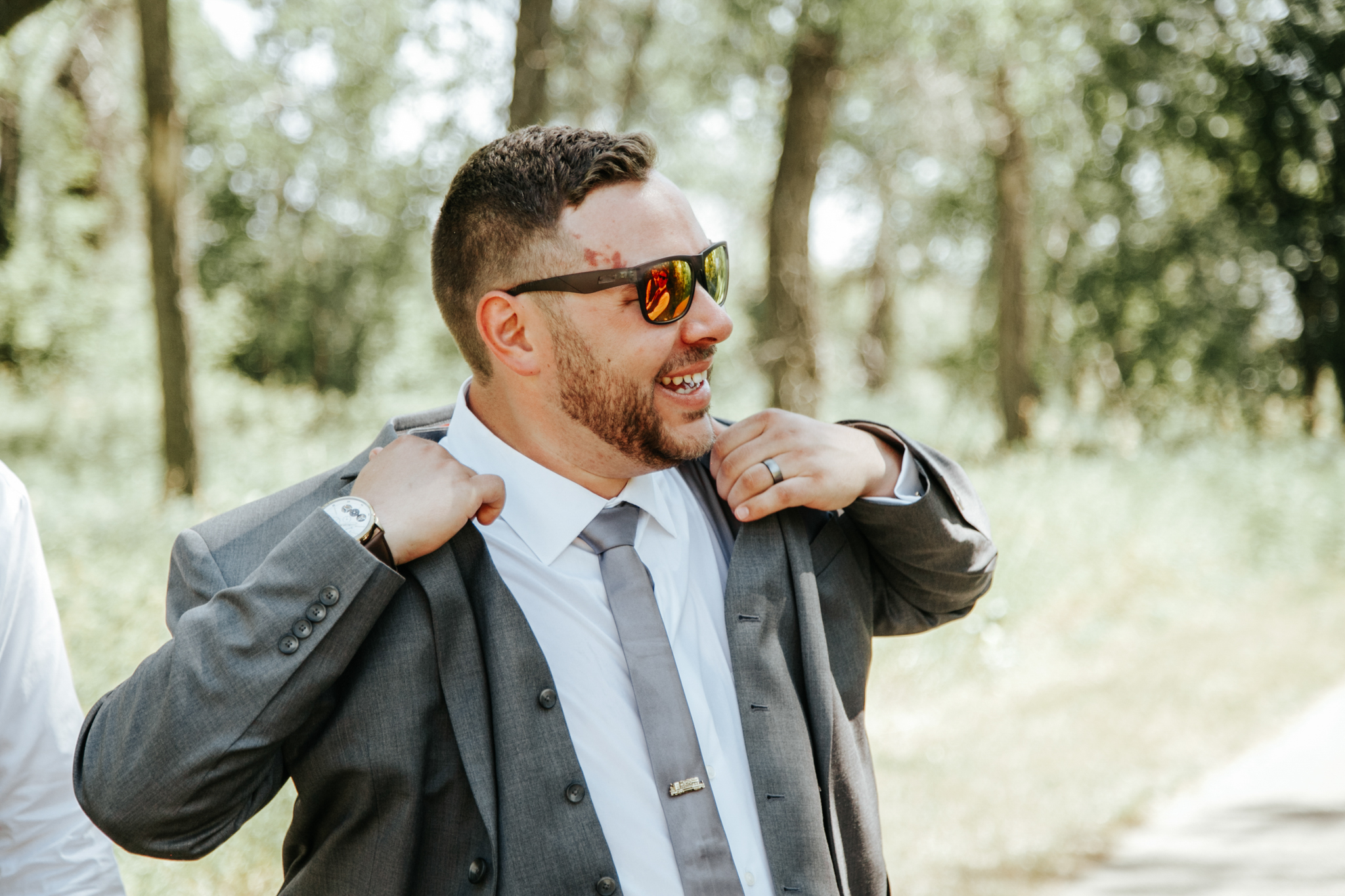 lethbridge-wedding-photographer-love-and-be-loved-photography-trent-danielle-galt-reception-picture-image-photo-109.jpg
