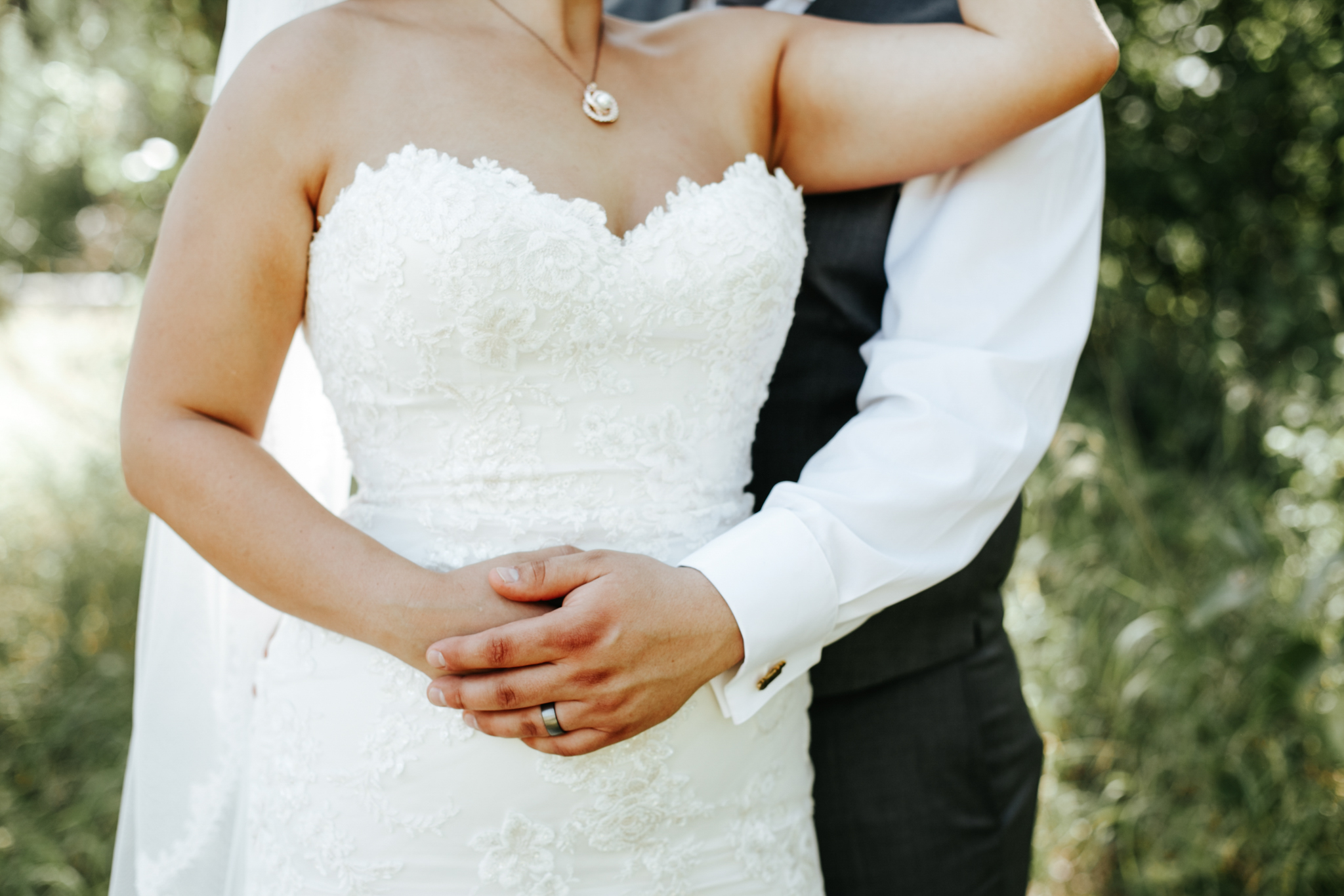 lethbridge-wedding-photographer-love-and-be-loved-photography-trent-danielle-galt-reception-picture-image-photo-120.jpg