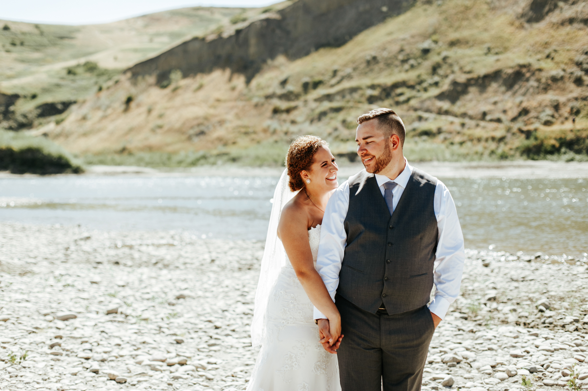 lethbridge-wedding-photographer-love-and-be-loved-photography-trent-danielle-galt-reception-picture-image-photo-122.jpg